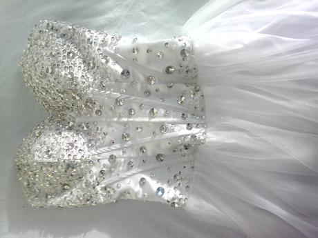 dlhé biele korzetove saty, 36