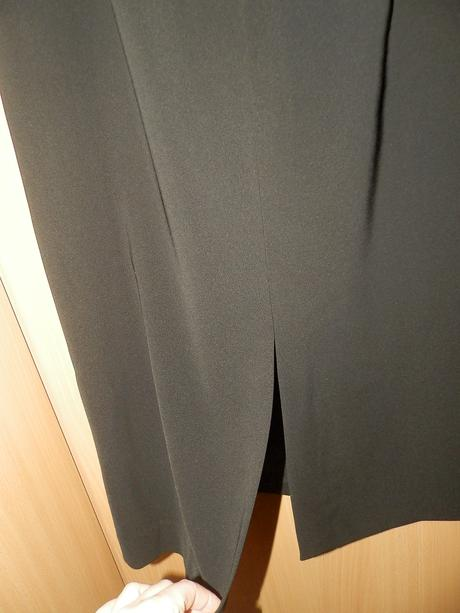 J.TAYLOR elegantné šaty M/L, M