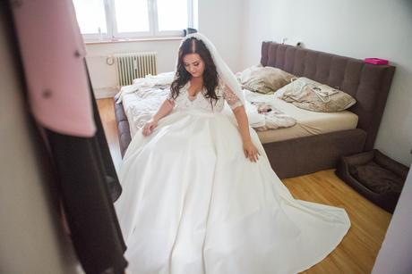 Jedinečné svadobné šaty pre pevnejšie postavy, 44