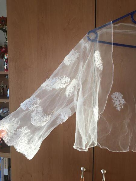 Jednoduché svatební šaty , 46