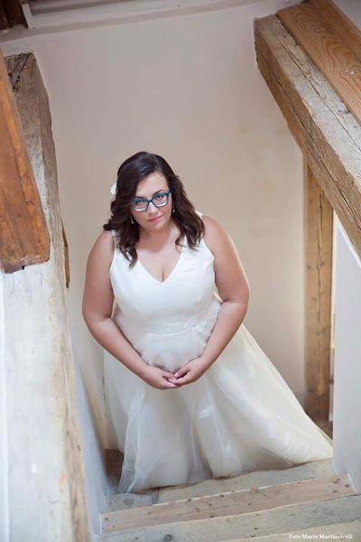 Jednoduché svatební šaty , 50