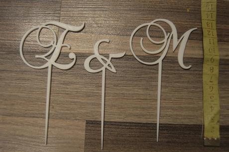 Písmenka na dort E a M,