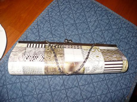 Společenská kabelka do ruky s řetízkem , S