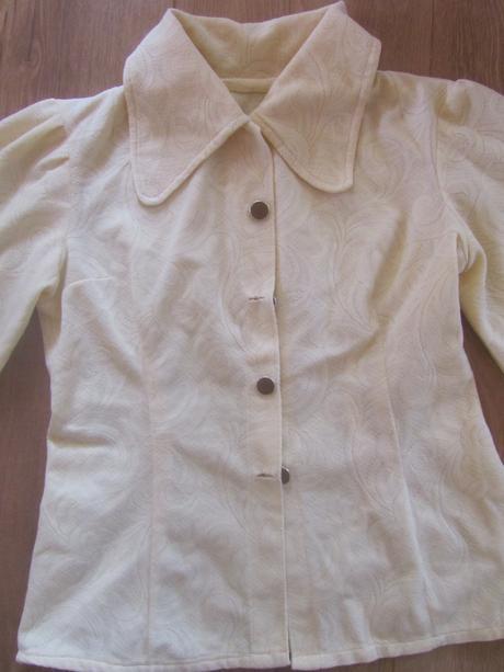 Retro kremova bluzka M, M
