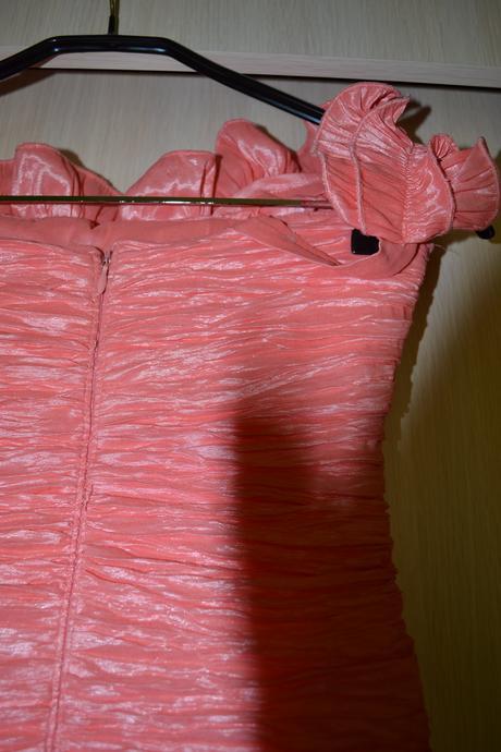 lososové šaty cez jedno rameno - veľ. S, 36