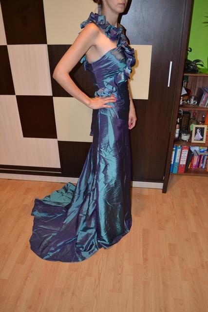 Spoločenské šaty oceľovozelenej farby 34-38, 36