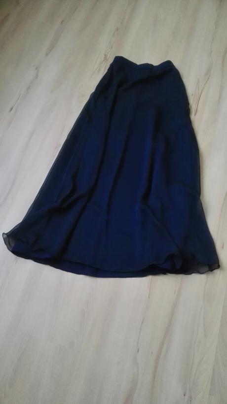 Dlhé spoločenské šaty s korzetom, XS