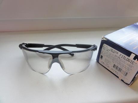 Pracovné ochranné okuliare PELTOR,