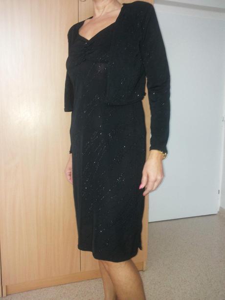 Spoločenskè šaty, 40