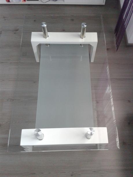 Moderný stolík,