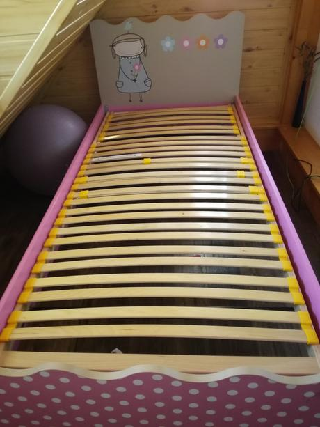 Detská postel + polohovatelny lamelovy rošt,