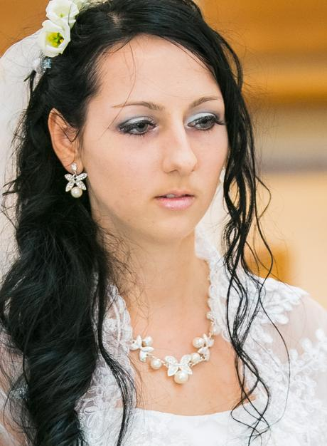 Set perlových naušníc a náhrdelníka ,