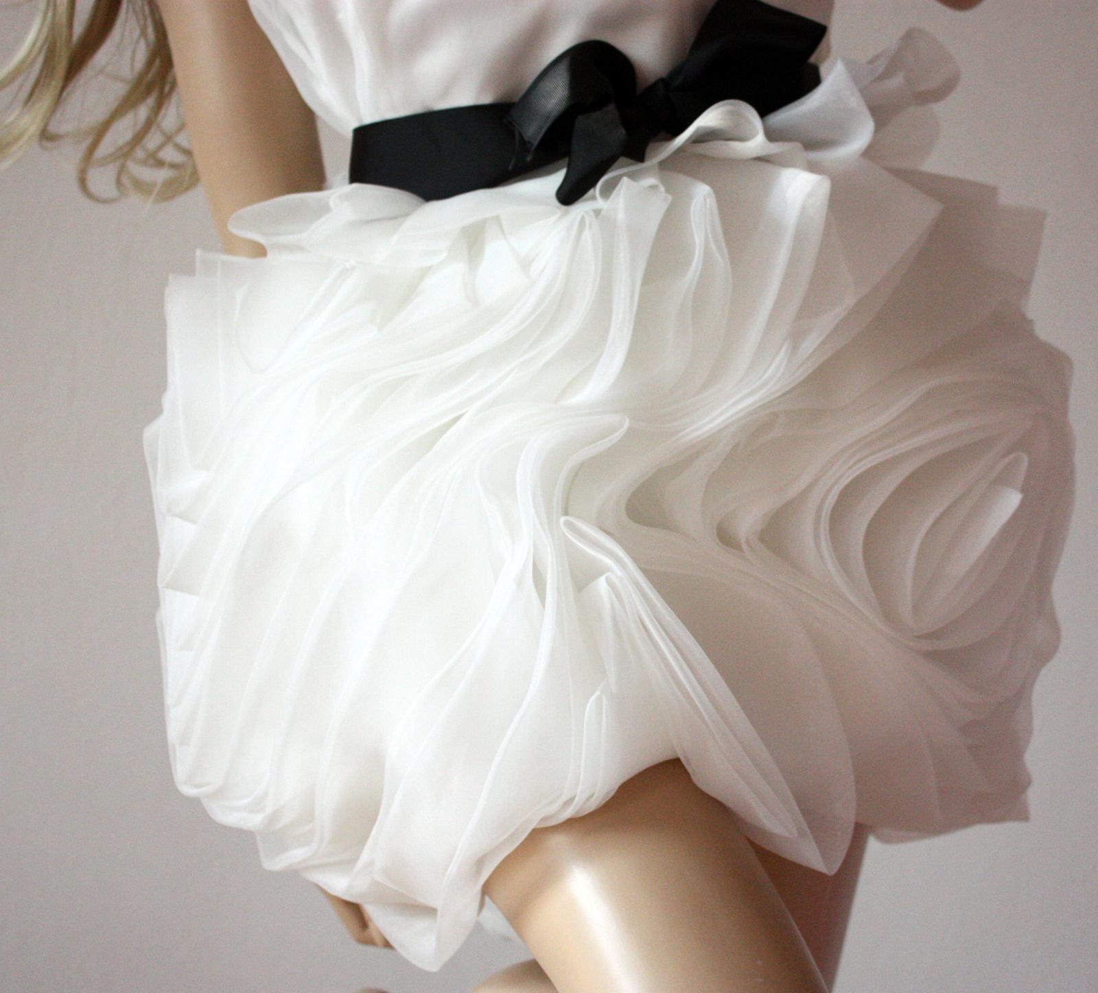 cfcb9db0fbe4 Svadobné šaty vera wang imitácia