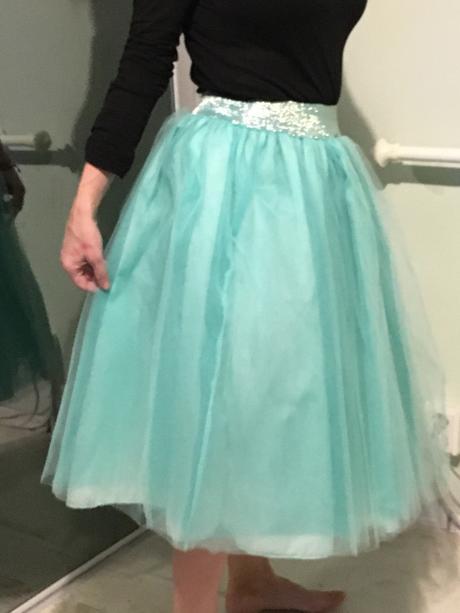 tutu sukňa, S