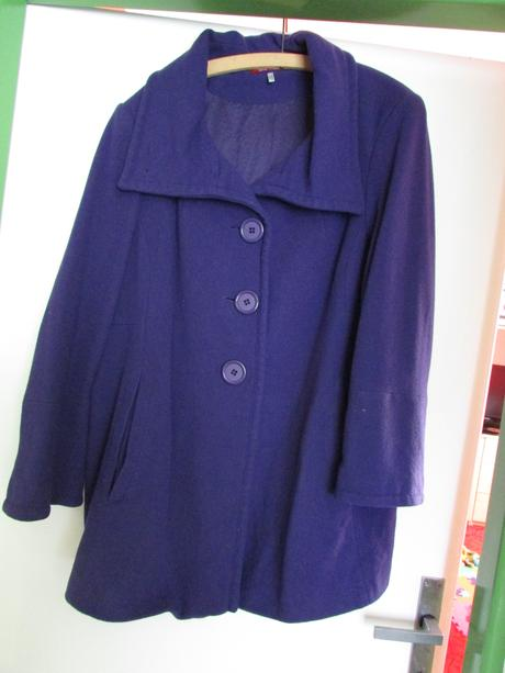 fialový kabát, 48