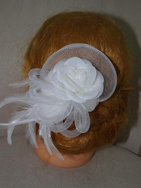 biely kvet do vlasov,