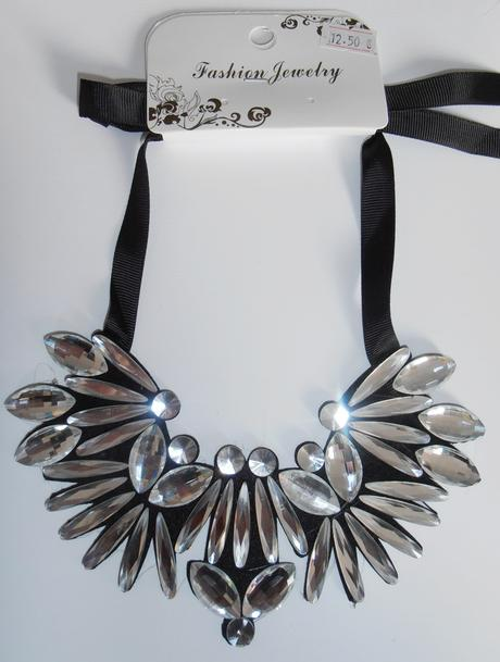 Mohutný náhrdelník,