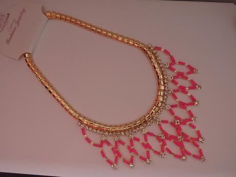 zlato-ružový náhrdelník,