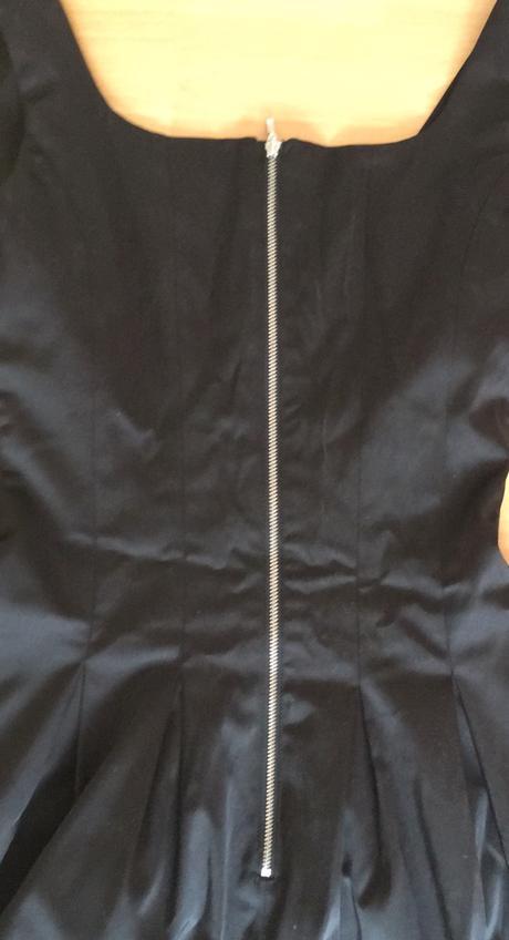 Saténové kokteilové šaty Orsay, 36