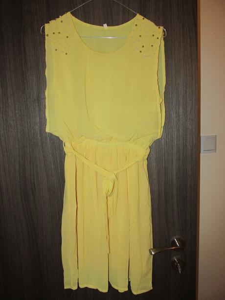 Lehké šifónové šaty, L