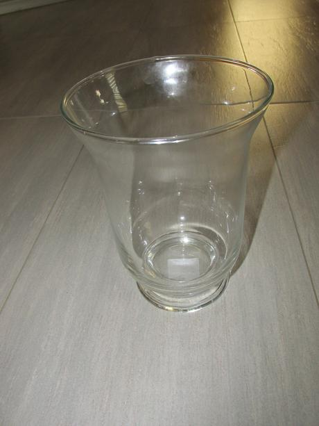 Průhledná váza,