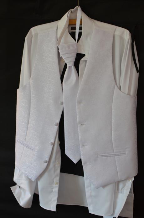 vzorovaná vesta, 48