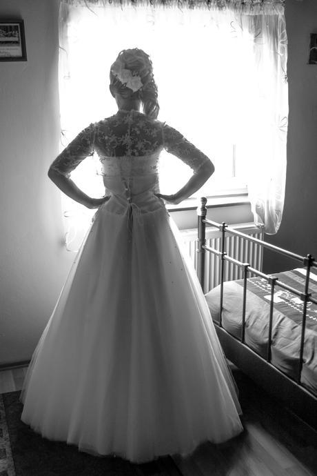 Svadobné šaty s perličkami, 37