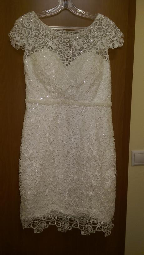 Krátke svadobné šaty, 40