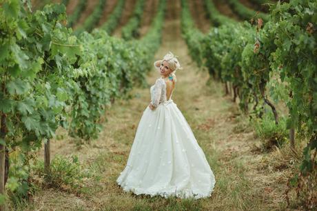 Najkrajšie svadobné šaty od Natasha Azariy, 36