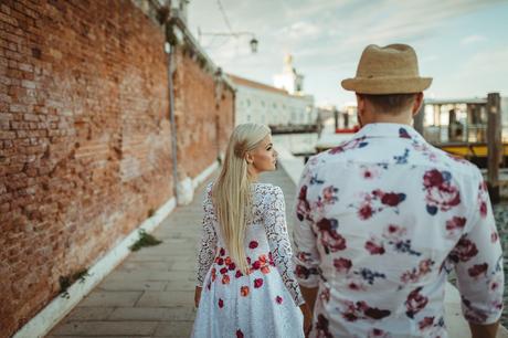 Popolnočné šaty od Natasha Azariy, 36