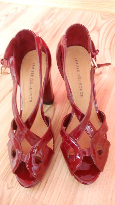 Luxusne sandále zn. M&S, 37