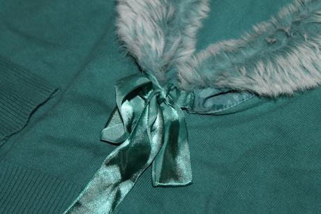 Luxusný spolocensky svetrík s kožušinou, M