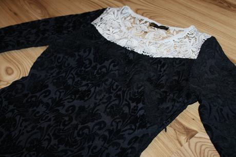 Romantické krajkové šaty, 36