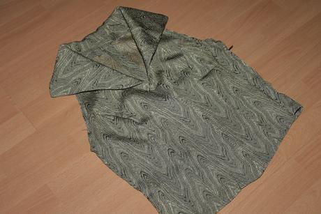 Spolocensky kostym- trojkombinacia, 36