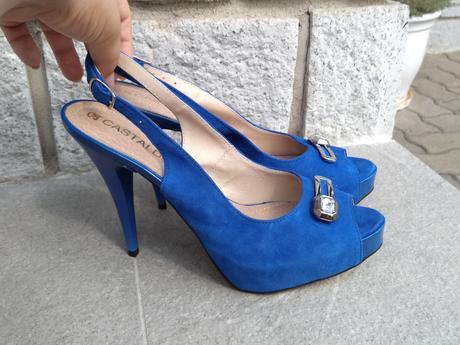 Kralovska modra kozene lodicky, 40