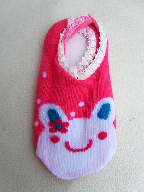 Ponožky/ nachodící botičky,