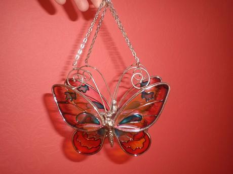 lampášik motýl ,