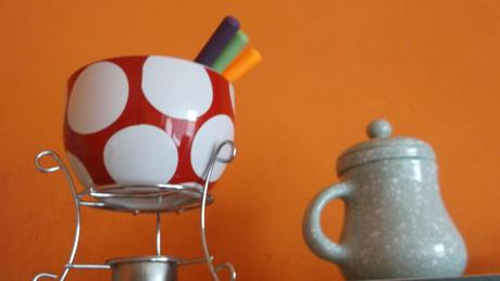 malý džbánik na sypaný čaj so sitkom ,