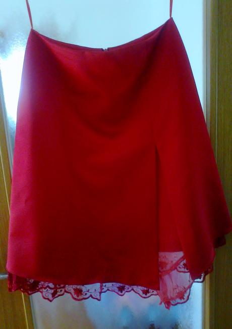 plesové korzetové šaty, 42