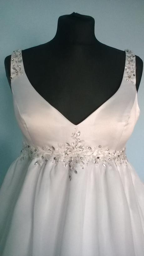 Svatební šifonové šaty i pro těhulky, 42