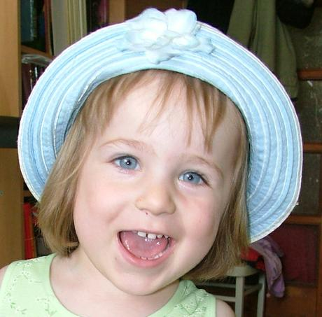 dívčí klobouček H&M, 92