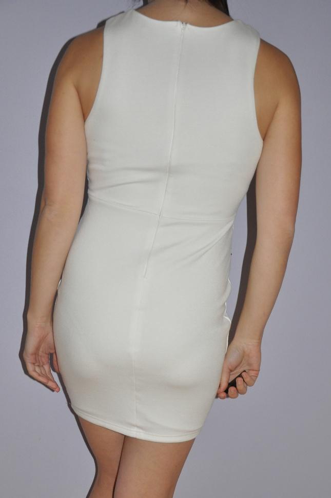5ec1ccbb667c Bílé šaty s krajkou ax paris vel. 38