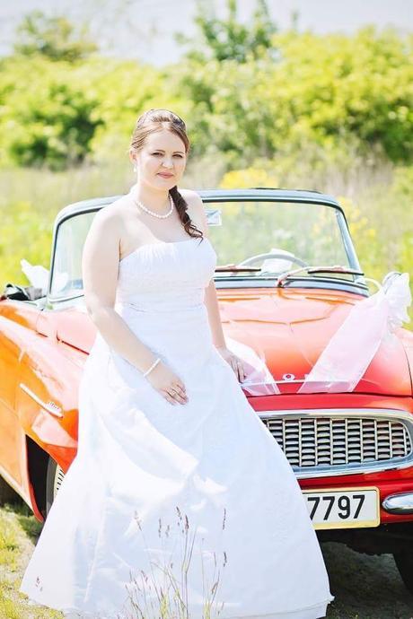 Biele svadobne šaty, 44