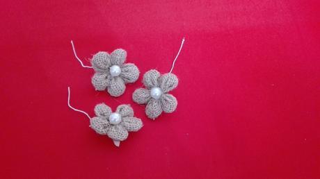 Ratanové kvetinky,