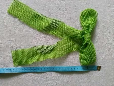 Jutové mašle zelene+ biely tyl,