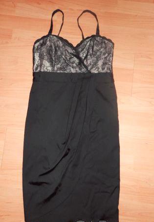 Krátke čierne spoločenské šaty  42defad6ed4