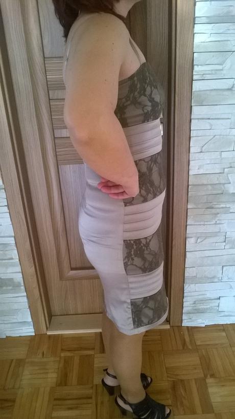 Krátke šaty, 36