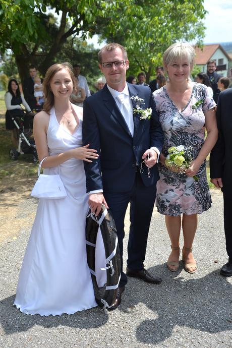 Saténová svatební kabelka,