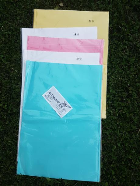 Hedvábný papír různé barvy,