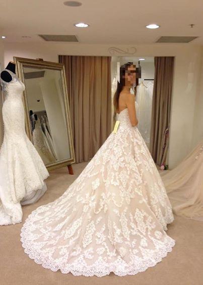 db62c3cfb0 Svadobné šaty allure bridals - velkosť 36-38